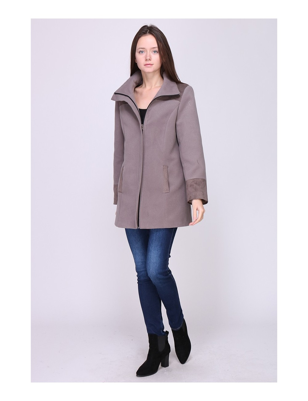 Manteau LAURA mi-long, coupe droite, col enveloppe. Taille 38 Couleur Taupe